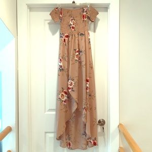 Dresses & Skirts - NWOT Taupe strapless floral hi-low dress w/ cuffs